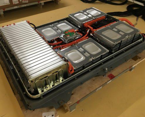 Nissan recycelt Lithium-Ionen-Batterien